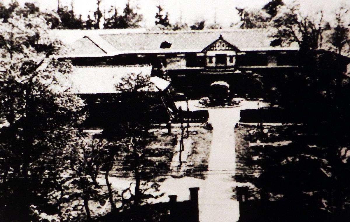 昭和10年頃の会津中学校